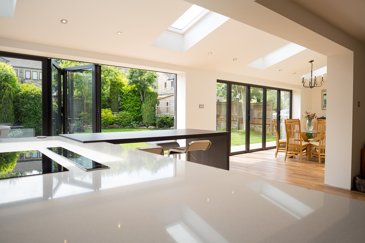 Rear Bi-folding patio doors West Yorkshire : clearview doors meltham - pezcame.com