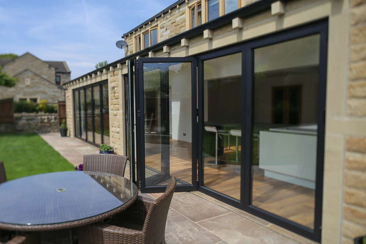 Bespoke Patio Bi-Folding Doors Huddersfield : clearview doors meltham - pezcame.com