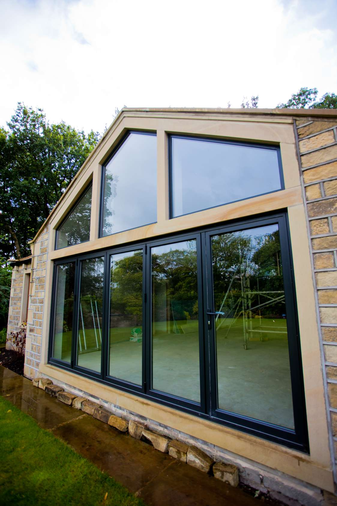 Aluminium Patio Windows and Doors