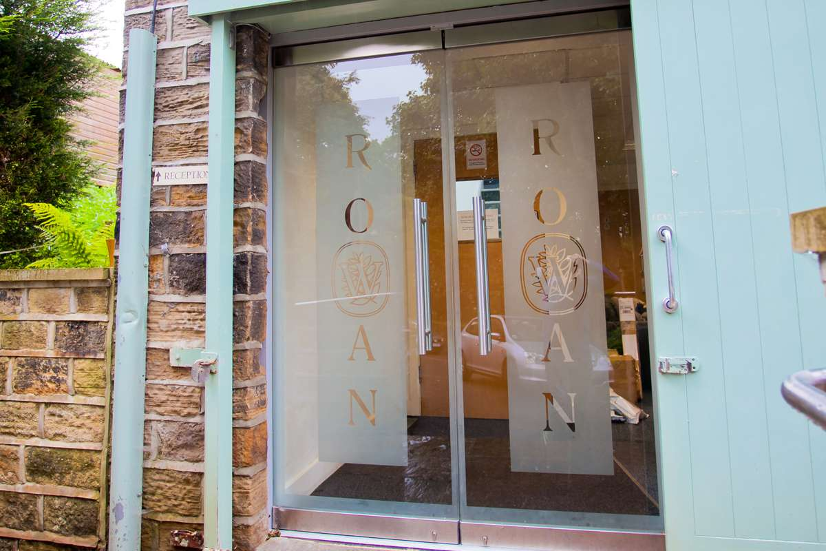 Branded Glass Entrance Doors Wakefield : clearview doors meltham - pezcame.com