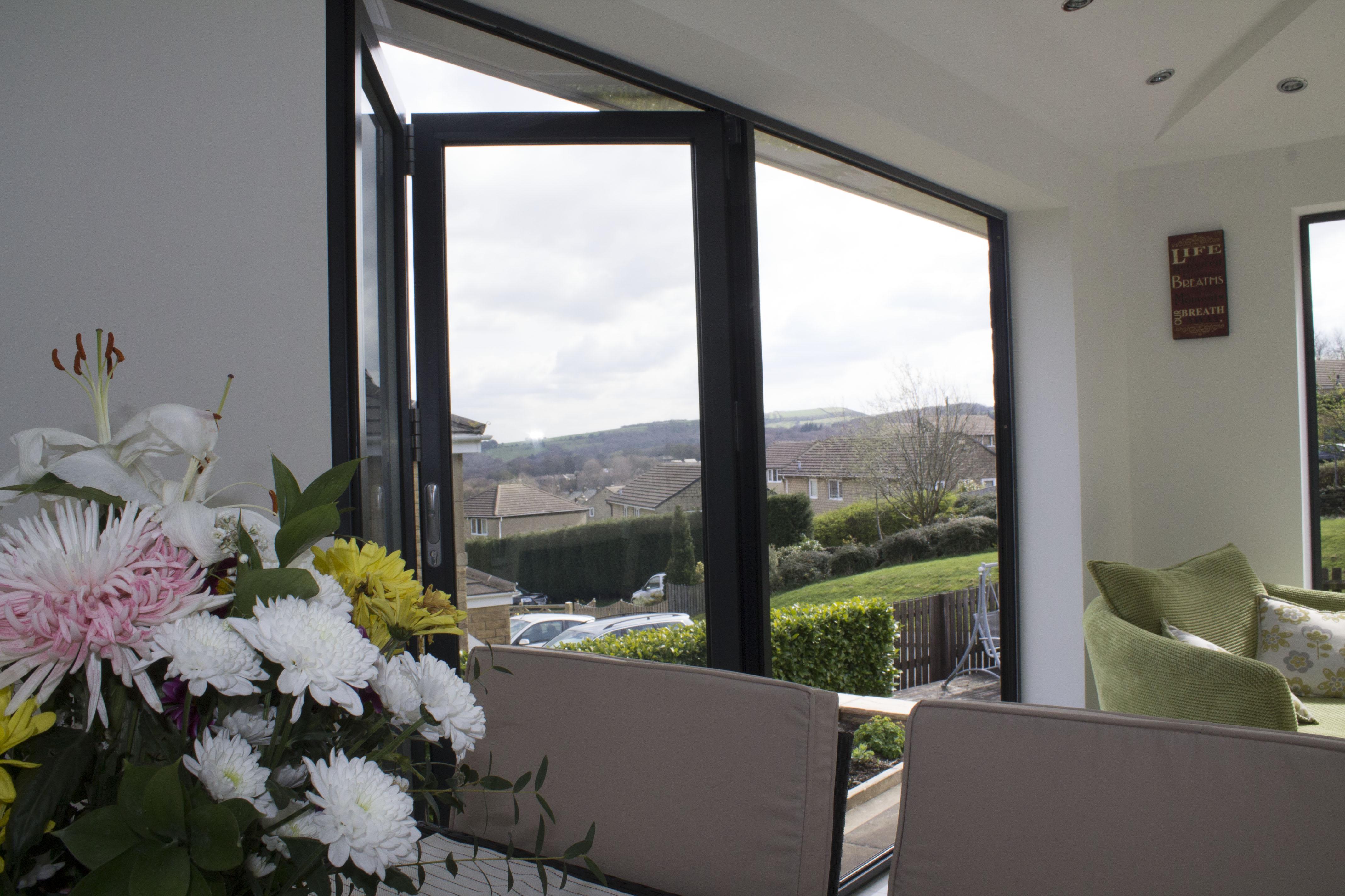 Gallery of Recent Projects & Bi-folding | Bi-fold | Folding | Aluminium | Doors | Yorkshire | UK ...