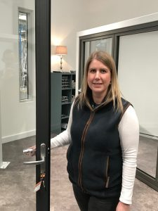 Aluminium door and window specialist Kim